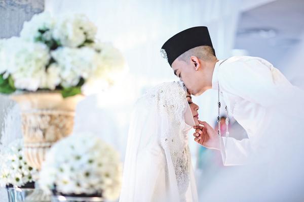 dam-cuoi-xa-hoa-cua-nu-dien-vien-malaysia-1