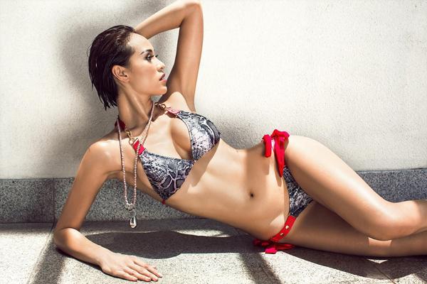 phuong-mai-dang-nang-khoe-hinh-the-sexy-voi-bikini-5