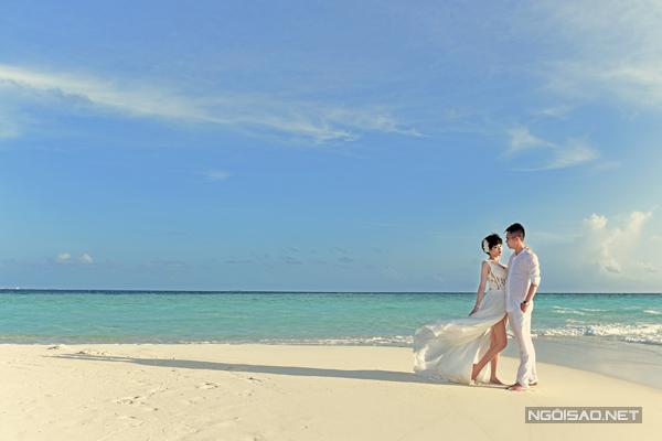 [Caption]Cặp đôi lên kế hoạch cho chuyến đi trước 2 tháng. Maldives mưa nhiều trong tháng 6, vì vậy, Đăng Thịnh đã xem dự báo thời tiết rồi tiến hành chọn ngày chụp kỹ lưỡng.