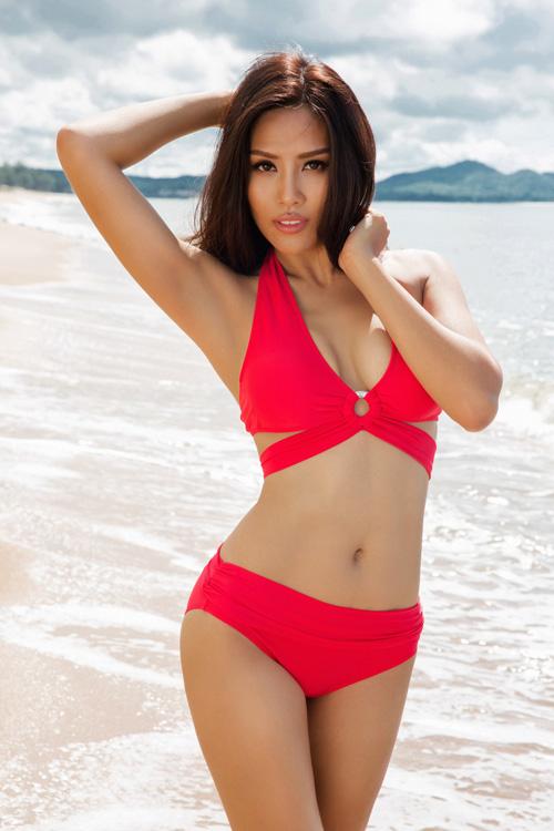 nguyen-thi-loan-nong-bong-voi-bikini-sac-mau-1
