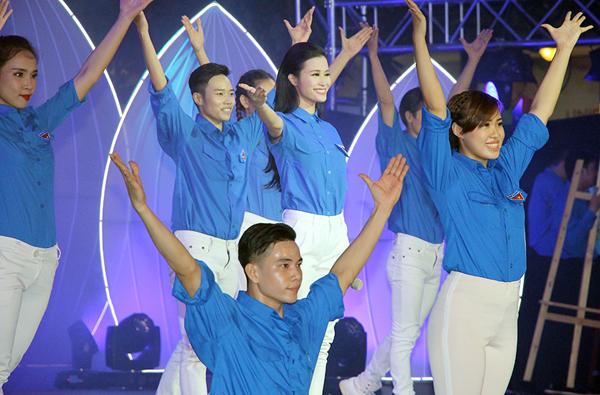 dong-nhi-9-1527-1467553952.jpg