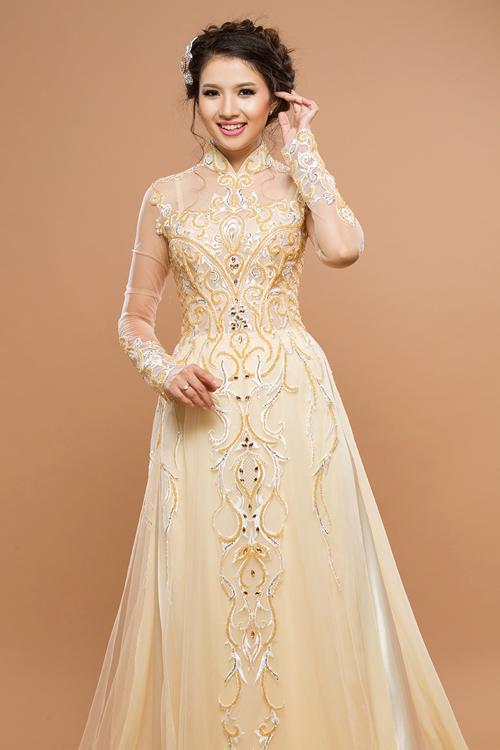 5 mẫu áo dài cưới màu kem cho tân nương