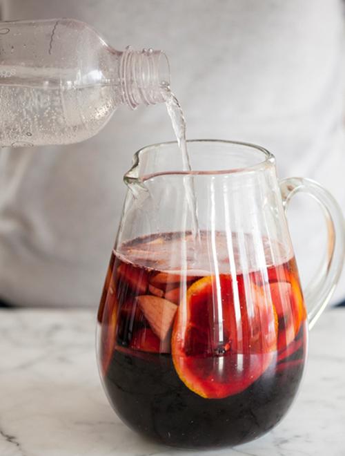tu-pha-che-cocktail-sangria-ngon-dung-dieu-3