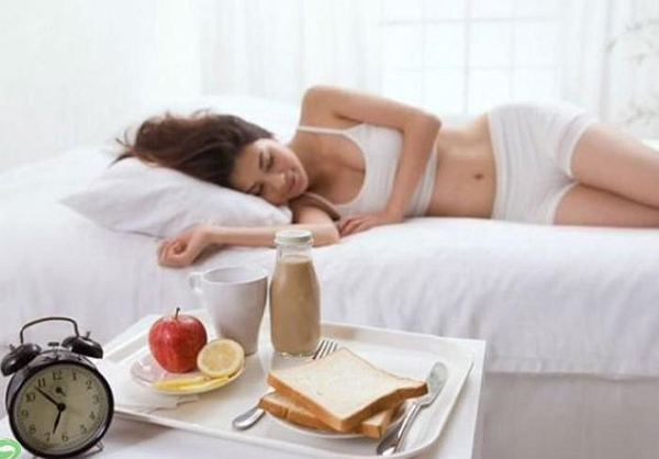 7 thói quen ăn uống hàng ngày làm tăng mỡ bụng - Làm đẹp