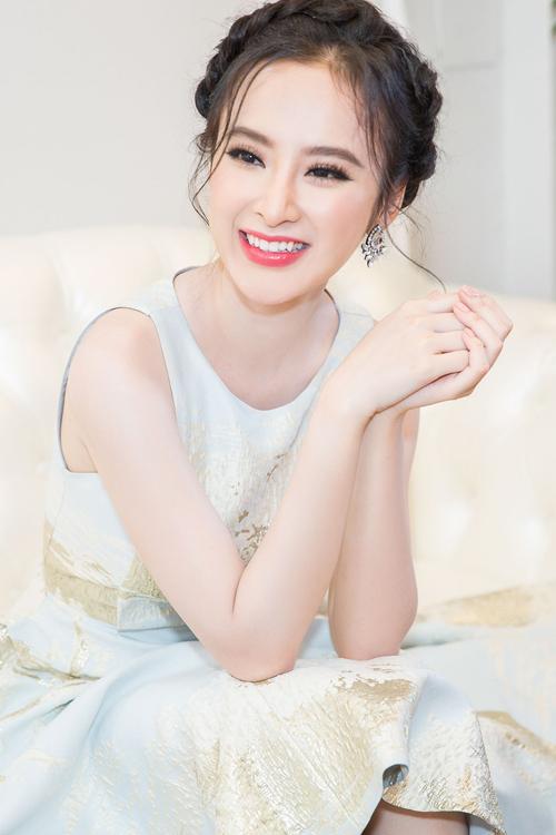 angela-phuong-trinh-5-7019-1469327283.jp