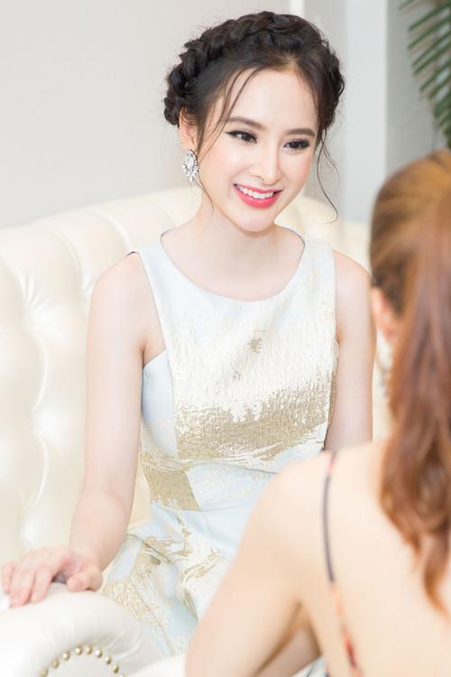 angela-phuong-trinh-8-6660-1469327283.jp