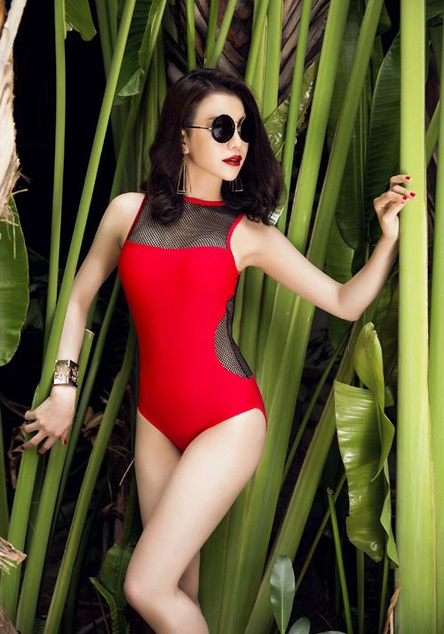 tra-ngoc-hang-khoe-dang-chun-voi-bikini-luoi-5