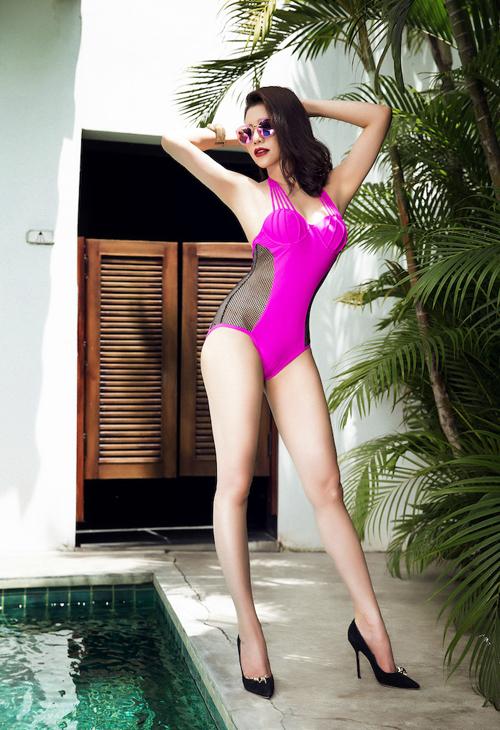 tra-ngoc-hang-khoe-dang-chun-voi-bikini-luoi-4