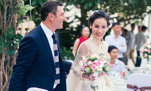 Đám cưới viên mãn của nhà thiết kế Việt và doanh nhân Italy