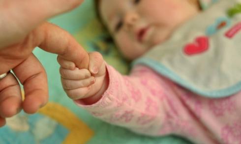 'Người mẹ trinh nữ' sinh con nhờ thụ tinh trong ống nghiệm