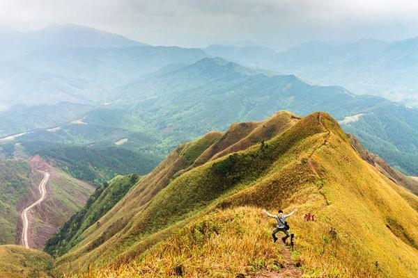 8-cung-duong-phuot-trekking-dep-nhat-viet-nam-4