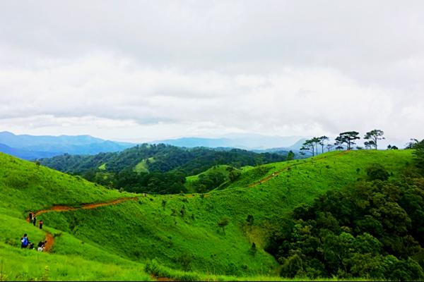 8 cung đường phượt trekking đẹp nhất Việt Nam