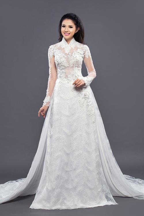 Áo dài cưới đuôi dài bay bổng cho cô dâu
