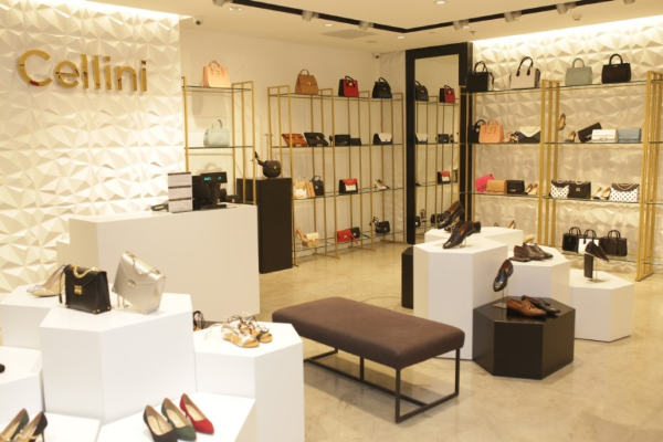 cellini-shoes-bagsellini-shoes-bags-khai-truong-cua-hang-moi-tai-saigon-centre-xin-edit-1
