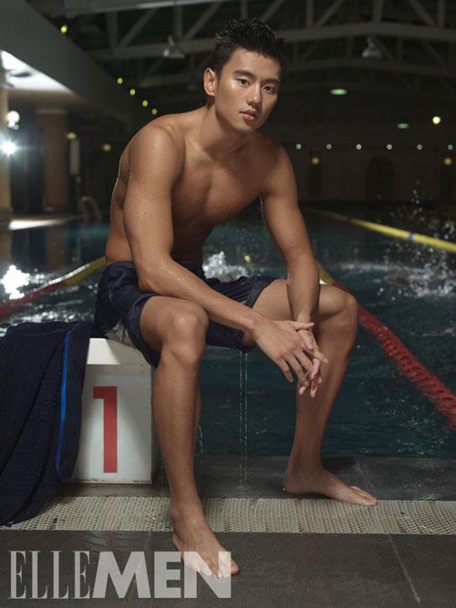 Năm 2011, Ning Zetao từng bị cấm thi đấu một năm sau khi phát hiện sử dụng chất cấm