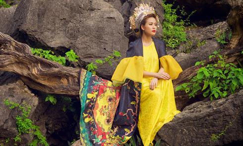 Hoàng Thùy Linh mặc 10 trang phục độc đáo quay MV 'Bánh trôi nước'