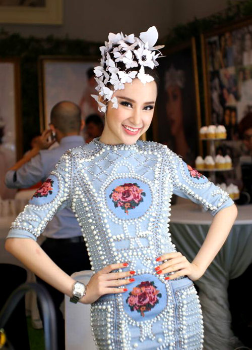 Angela-Phuong-Trinh-4-7354-1428032857.jp