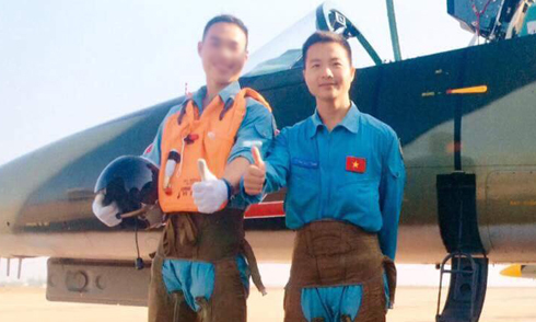 Facebooker tiếc thương phi công quân sự 9X tử nạn ở Phú Yên
