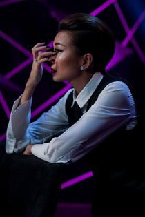Thanh Hằng rớt nước mắt khi loại thí sinh