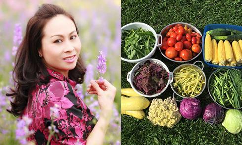 Cô gái Hà Nội dọn sỏi đá để trồng rau, nuôi gà trên đất Mỹ