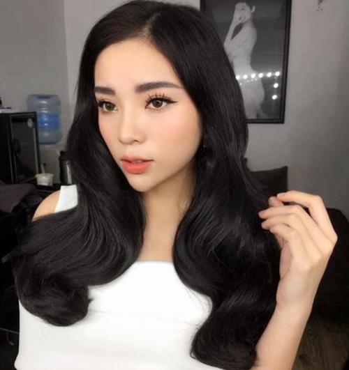 ky-duyen-tai-xuat-voi-hinh-anh-khac-la-sau-scandal-1