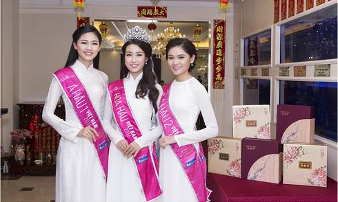 Nhà hàng Dim Tu Tac đón Top 3 Hoa hậu Việt Nam