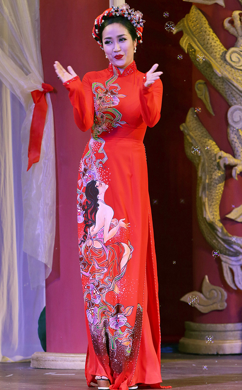 thanh-thuy-lam-vedette-dien-ao-dai-5