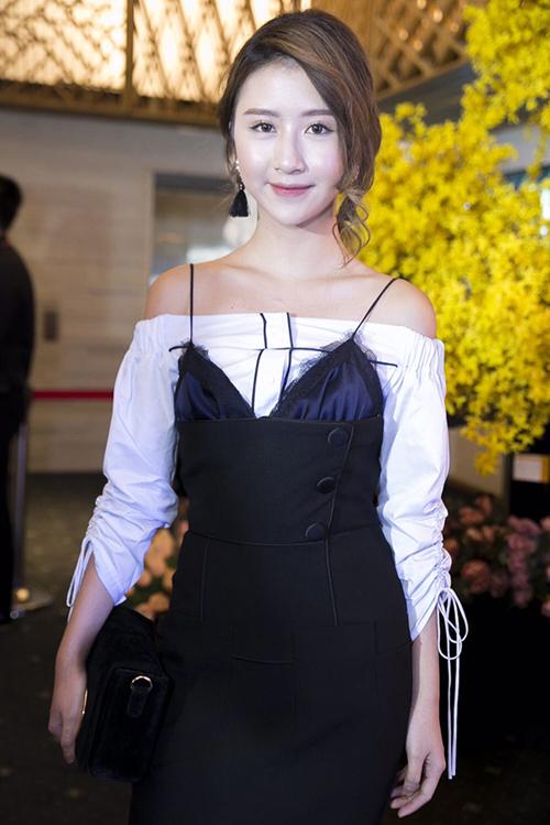 nguoi-dep-viet-chuong-mot-mac-hai-day-doc-dao-6