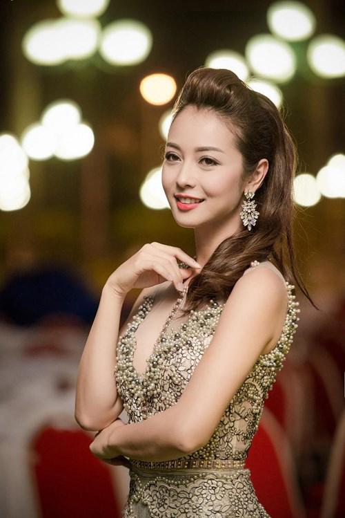 6 Hoa hậu từng 'khóc dở mếu dở' vì bị lợi dụng hình ảnh - hình ảnh 5