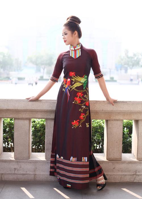 ao-dai-lan-huong-chinh-phuc-khan-gia-tai-bac-kinh-7