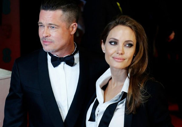 Brad Pitt 'tức giận khi Jolie đơn phương nộp đơn ly dị'