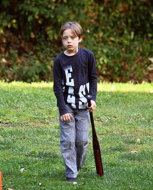 Angelina-Jolie5-9479-1474530294.jpg