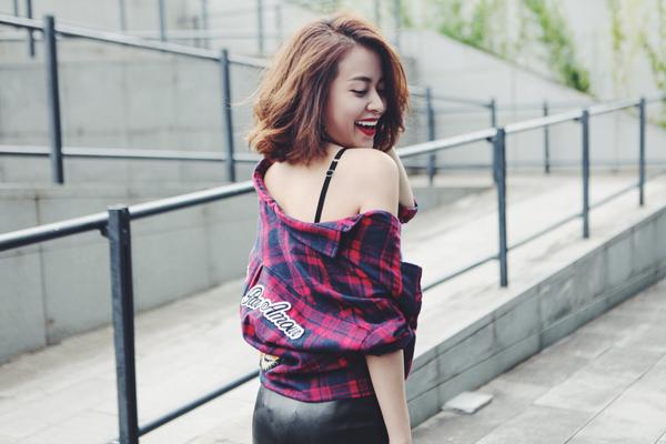 hoang-thuy-linh-sanh-mac-voi-mot-thu-dong-4