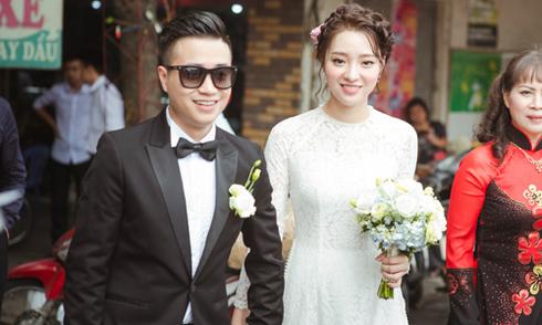 Đám cưới hạnh phúc của nàng tiếp viên hàng không 'xinh như gái Hàn'