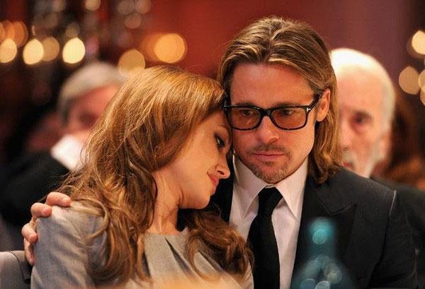 Brad Pitt gác mọi công việc để giải quyết chuyện ly hôn