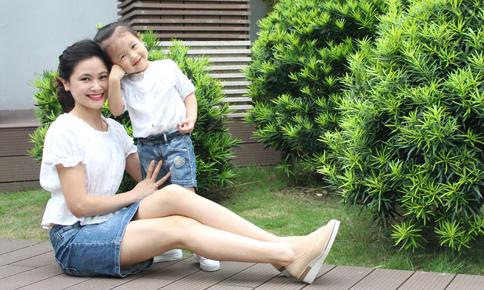 4 cách giúp con hào hứng với tiếng Anh của BTV Khánh Ly