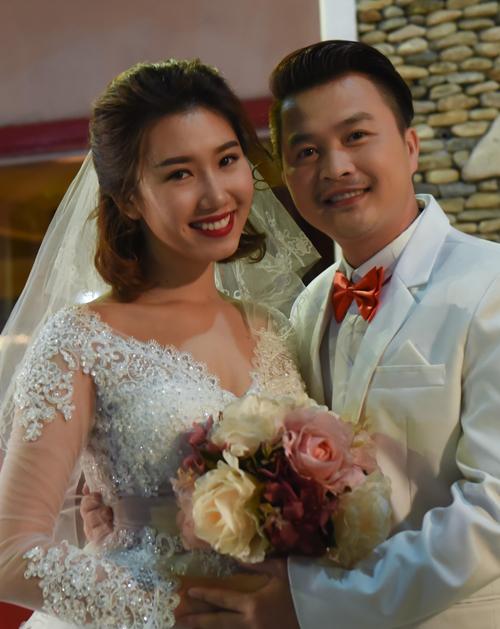 1-thuy-ngan-5238-1475225561.jpg