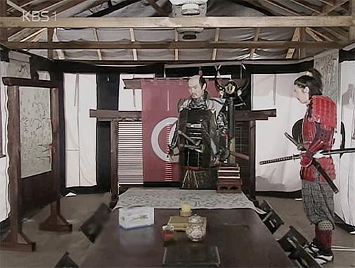 Phim The Immortal Lee Soon-Shin lấy bối cảnh thời đại Joseon, vật dụng nào xuất hiện