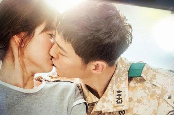5-cap-doi-gay-sot-man-anh-han-nam-2016