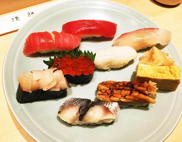 quan-sushi-noi-tieng-duoc-beckham-tong-thong-obama-ghe-qua-8