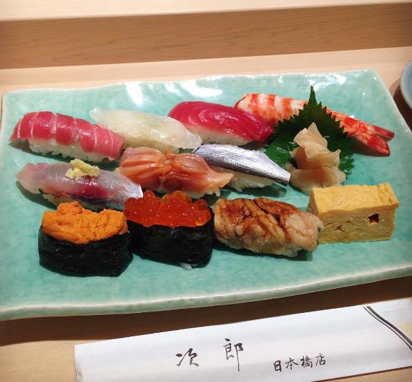 quan-sushi-noi-tieng-duoc-beckham-tong-thong-obama-ghe-qua-13