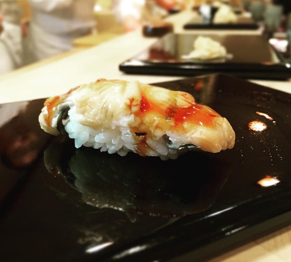 quan-sushi-noi-tieng-duoc-beckham-tong-thong-obama-ghe-qua-9