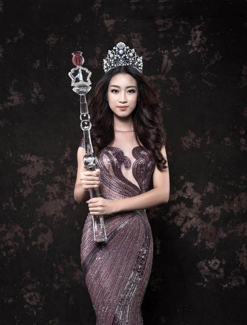 Bộ ảnh được thực hiện với sự hỗ trợ của nhiếp ảnh Nguyễn Vũ.