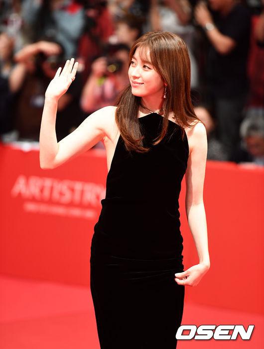 han-hyo-joo-1-9006-1475756917.jpg