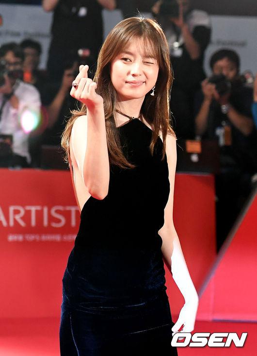 han-hyo-joo-4-9641-1475756917.jpg