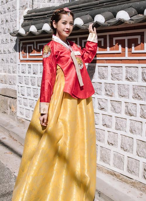 chi-pu-dien-hanbok-tham-lang-co-o-han-quoc-6