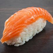 bi-n-dang-sau-moi-mon-sushi-khoai-khu-cua-ban