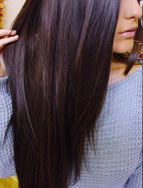 Ưu điểm của màu nhuộm này là giúp tôn lên vẻ bóng khỏe và mềm mịn của tóc.