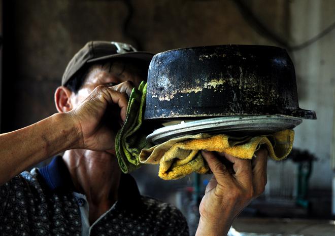 Cơm cháy chấm muối sả - đặc sản thời nay mang phong cách xưa