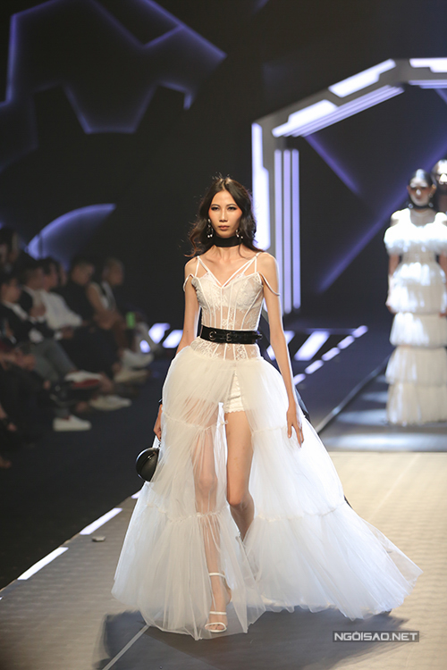 do-my-linh-lam-vedette-show-chung-thanh-phong-6